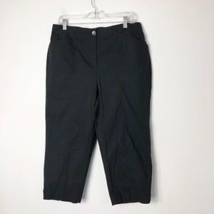 Chico's women's NWT black casual crop Capri pants